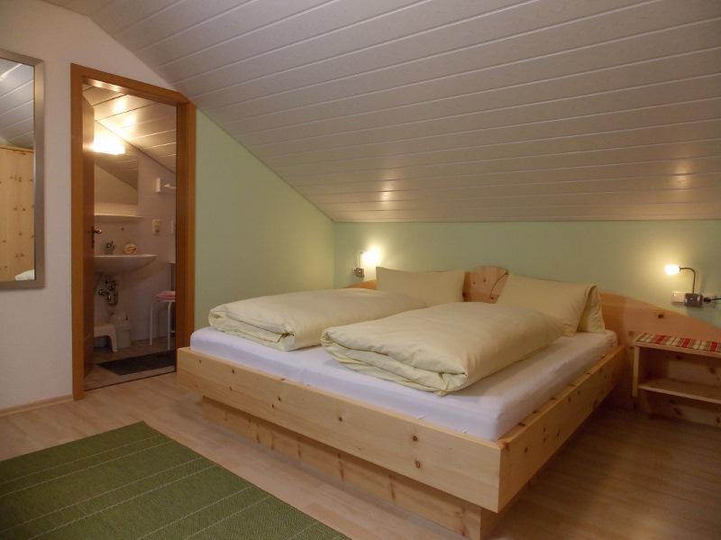 g stezimmer bauernhof hefele. Black Bedroom Furniture Sets. Home Design Ideas
